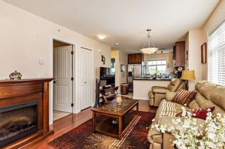 "Photo 2: 375 20170 FRASER Highway in Langley: Langley City Condo for sale in ""PADDINGTON STATION"" : MLS®# R2436069"