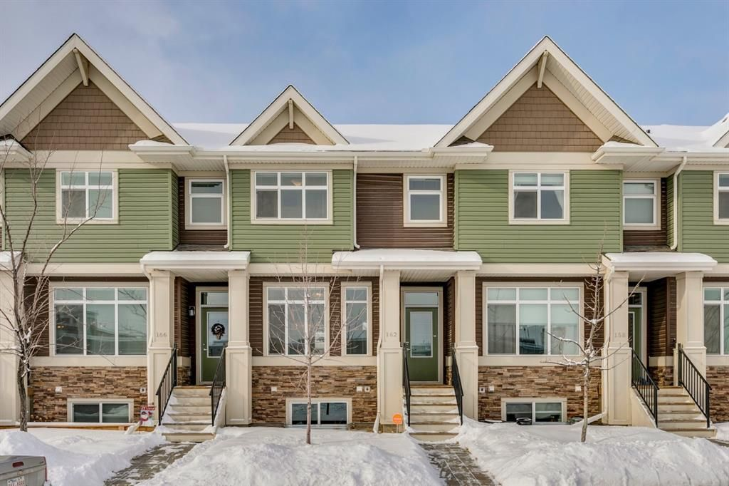 Main Photo: 162 Legacy Common SE in Calgary: Legacy Row/Townhouse for sale : MLS®# A1064521