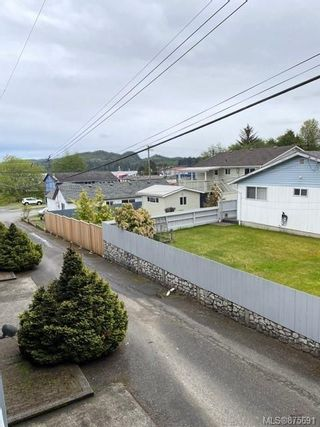 Photo 8: 8 8805 Central St in : NI Port Hardy Row/Townhouse for sale (North Island)  : MLS®# 875691