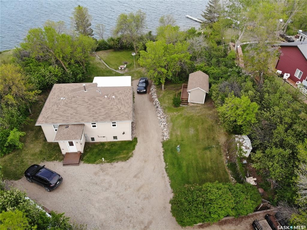 Main Photo: 102 Garwell Drive in Buffalo Pound Lake: Residential for sale : MLS®# SK854415