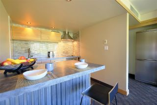 """Photo 4: 407 4557 BLACKCOMB Way in Whistler: Benchlands Condo for sale in """"LE CHAMOIS"""" : MLS®# R2193365"""