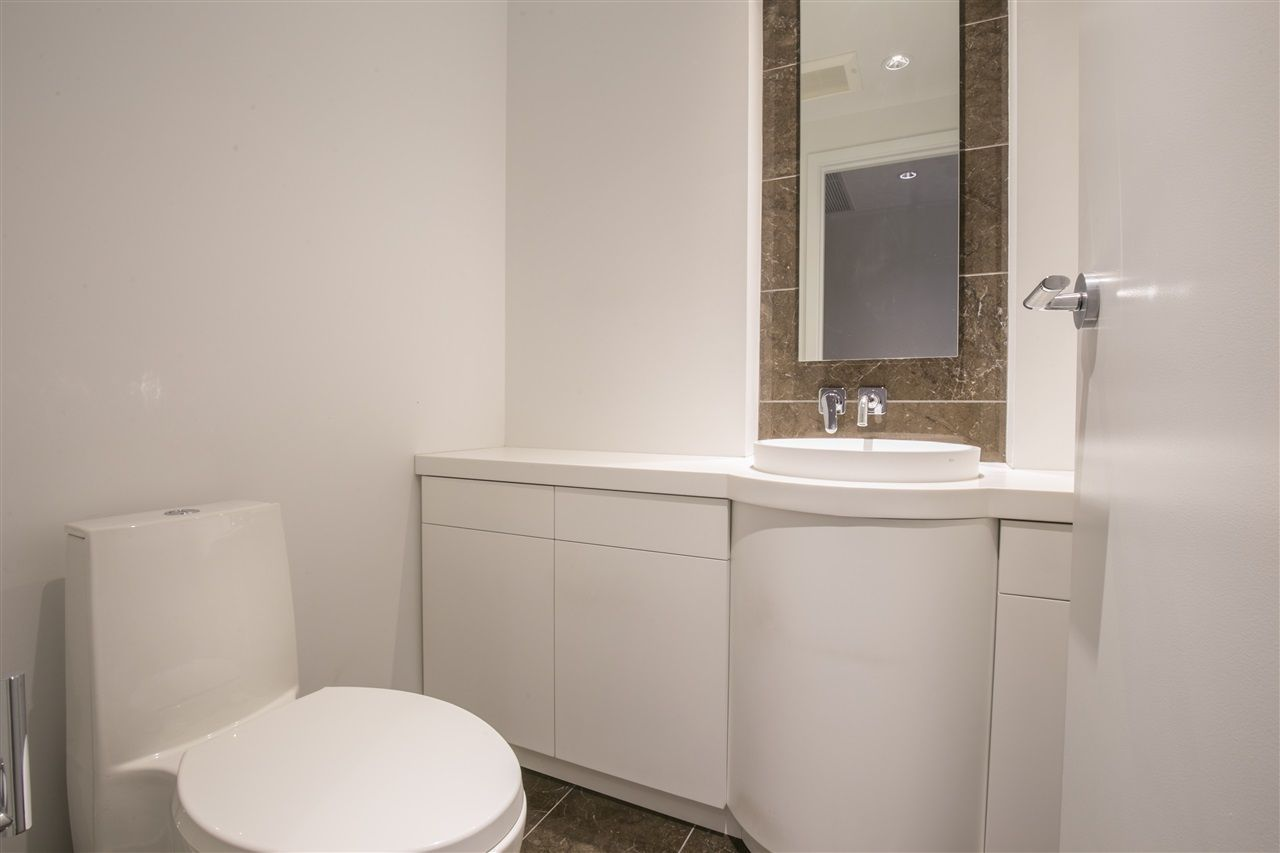 """Photo 10: Photos: 1102 5171 BRIGHOUSE Way in Richmond: Brighouse Condo for sale in """"ONE RIVER GREEN"""" : MLS®# R2239080"""