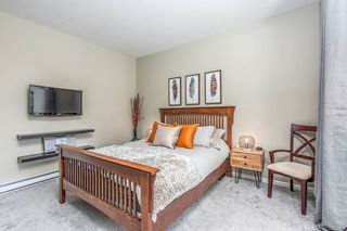 "Photo 12:  in Surrey: Guildford Condo for sale in ""CHARLTON PARK"" (North Surrey)  : MLS®# R2569438"