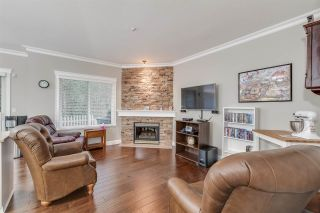 """Photo 6: 67 9025 216 Street in Langley: Walnut Grove Townhouse for sale in """"CONVENTRY WOODS"""" : MLS®# R2356980"""