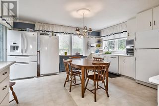 Photo 12: 379 LAKESHORE Road W in Oakville: House for sale : MLS®# 40175070