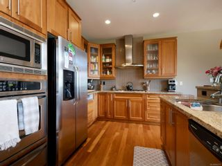 Photo 6: 112 1244 Muirfield Pl in : La Bear Mountain Row/Townhouse for sale (Langford)  : MLS®# 854771