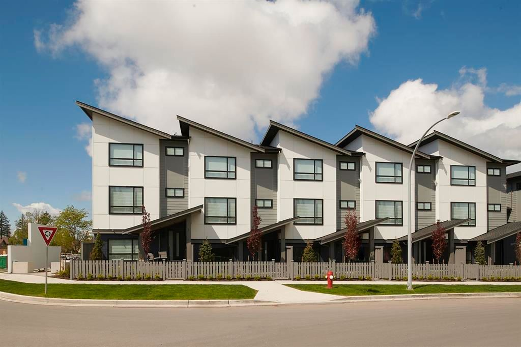 Main Photo: #21-16589 25 Ave in Surrey: Grandview Surrey Townhouse for sale (South Surrey White Rock)