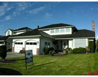 """Photo 1: 32301 SLOCAN Place in Abbotsford: Abbotsford West House for sale in """"FAIRFIELD ESTATES"""" : MLS®# F2831454"""