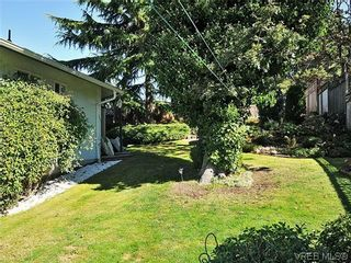 Photo 17: 1213 Cumberland Court in VICTORIA: SE Lake Hill Residential for sale (Saanich East)  : MLS®# 314956