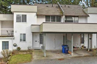"""Photo 1: 36 2830 BOURQUIN Crescent in Abbotsford: Central Abbotsford Townhouse for sale in """"Abbotsford Court"""" : MLS®# R2542895"""