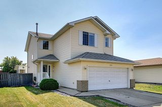Photo 1: 288 Dunvegan Road in Edmonton: Zone 01 House for sale : MLS®# E4256564