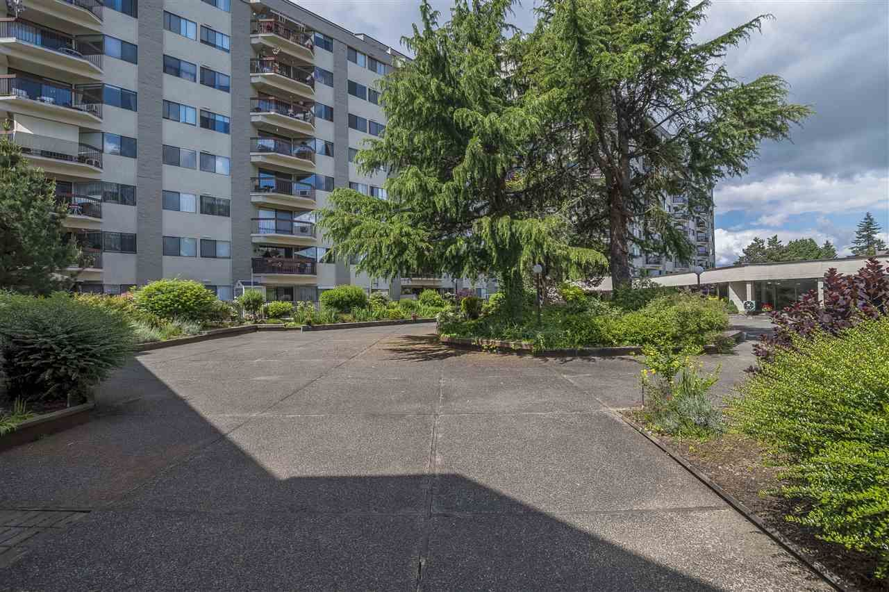 Photo 6: Photos: 211 31955 OLD YALE ROAD in Abbotsford: Abbotsford West Condo for sale : MLS®# R2274586