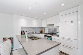 """Photo 3: 501 5883 BARKER Avenue in Burnaby: Metrotown Condo for sale in """"Aldynne on the Park"""" (Burnaby South)  : MLS®# R2567855"""
