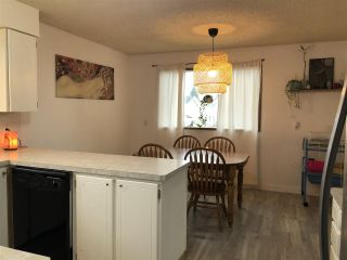 Photo 5: 5823 50 Avenue: Redwater House for sale : MLS®# E4228949