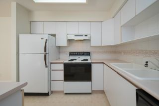 """Photo 15: 208 5375 VICTORY Street in Burnaby: Metrotown Condo for sale in """"THE COURTYARD"""" (Burnaby South)  : MLS®# R2602419"""