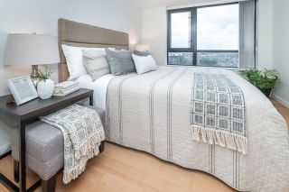 """Photo 15: 1705 1 RENAISSANCE Square in New Westminster: Quay Condo for sale in """"The Q"""" : MLS®# R2623606"""