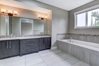 Photo 15: 1609 Broadview Road NW in Calgary: Hillhurst Semi Detached for sale : MLS®# A1136229