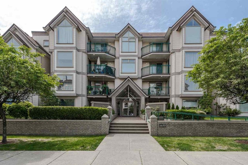Main Photo: 302-1650 Grant Ave in Port Coquitlam: Multifamily for sale : MLS®# R2076579