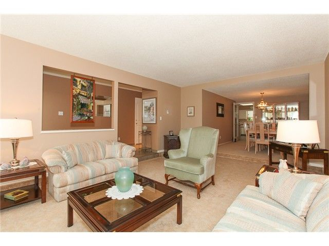 Photo 3: Photos: 5279 PATON DR in Ladner: Hawthorne House for sale : MLS®# V1123683