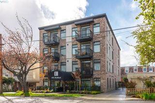 Photo 2: 302 1015 Rockland Ave in VICTORIA: Vi Downtown Condo for sale (Victoria)  : MLS®# 783856