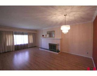 Photo 7: 9360 CARLETON Street in Chilliwack: Chilliwack E Young-Yale Duplex for sale : MLS®# H2801916
