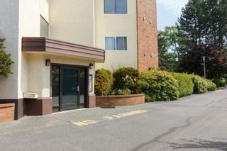 Photo 3: 305 9900 Fifth St in SIDNEY: Si Sidney North-East Condo for sale (Sidney)  : MLS®# 705727