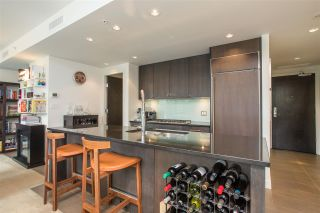 "Photo 10: 301 1455 HOWE Street in Vancouver: Yaletown Condo for sale in ""Pomaria"" (Vancouver West)  : MLS®# R2482632"