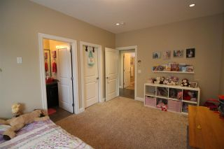 """Photo 11: 33036 EGGLESTONE Avenue in Mission: Mission BC House for sale in """"Cedar Valley"""" : MLS®# R2279407"""