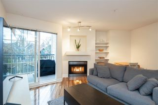 "Photo 2: 313 1989 DUNBAR Street in Vancouver: Kitsilano Condo for sale in ""THE SONESTA"" (Vancouver West)  : MLS®# R2526928"