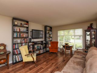 Photo 5: 110 2077 St Andrews Way in COURTENAY: CV Courtenay East Row/Townhouse for sale (Comox Valley)  : MLS®# 825107