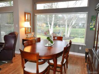 Photo 4: 911 Lakes Blvd in FRENCH CREEK: PQ French Creek Row/Townhouse for sale (Parksville/Qualicum)  : MLS®# 626665
