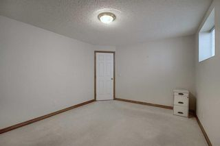 Photo 27: 13 Strathearn Gardens SW in Calgary: Strathcona Park Semi Detached for sale : MLS®# A1114770