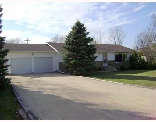 Main Photo: 120 BRACKEN Avenue in WINNIPEG: Birdshill Area Residential for sale (North East Winnipeg)  : MLS®# 2901808