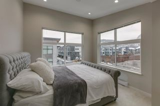 """Photo 14: 38351 SUMMIT'S VIEW Drive in Squamish: Downtown SQ Townhouse for sale in """"NATURE'S GATE"""" : MLS®# R2219741"""