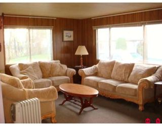 """Photo 2: 73 9950 WILSON Street in Mission: Stave Falls Manufactured Home for sale in """"RUSKIN PLACE"""" : MLS®# F2729674"""