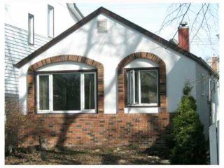 Photo 1: 907 ASHBURN Street in Winnipeg: Residential for sale : MLS®# 2906076