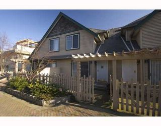 """Photo 2: 11 222 E 5TH Street in North_Vancouver: Lower Lonsdale Townhouse for sale in """"BURHAM COURT"""" (North Vancouver)  : MLS®# V698484"""