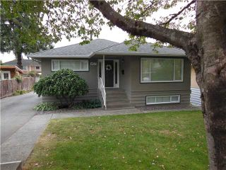 """Photo 1: 457 W WINDSOR Road in North Vancouver: Upper Lonsdale House for sale in """"UPPER LONSDALE"""" : MLS®# V1133007"""
