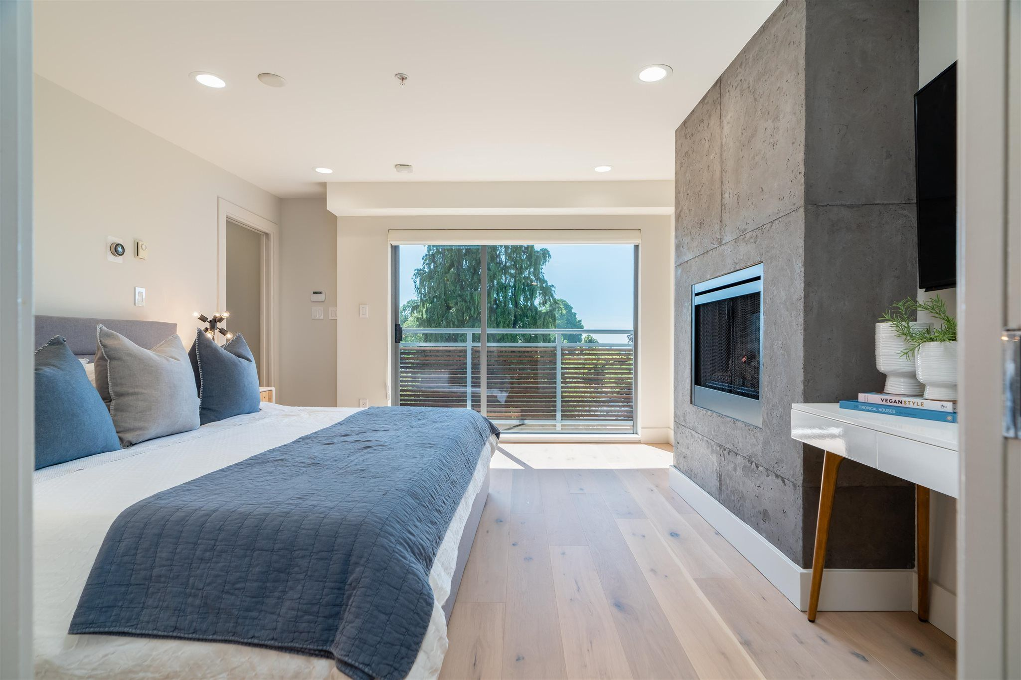 Main Photo: 1432 ARBUTUS STREET in Vancouver: Kitsilano Townhouse for sale (Vancouver West)  : MLS®# R2602268