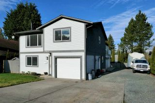 Photo 1: 19917 47A Avenue in Langley: Langley City House for sale : MLS®# R2531023