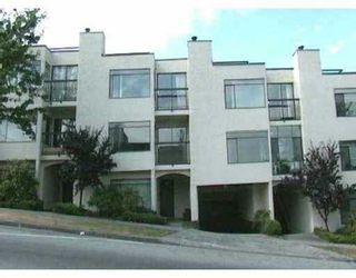 "Photo 1: 2393 OAK ST in Vancouver: Fairview VW Townhouse for sale in ""OAK PLACE"" (Vancouver West)  : MLS®# V557131"