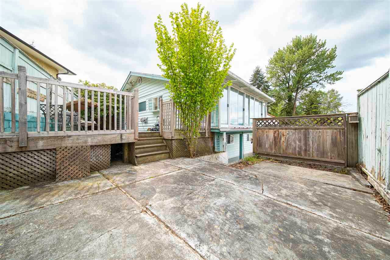 Main Photo: 171 EDWARD Crescent in Port Moody: Port Moody Centre House for sale : MLS®# R2579425
