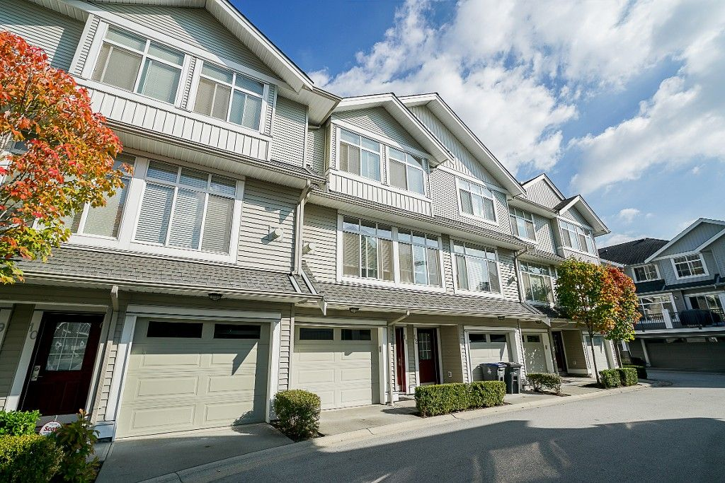 Main Photo: 11 19330 69 AVENUE in Surrey: Clayton Townhouse for sale (Cloverdale)  : MLS®# R2209747