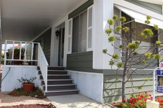 Photo 2: CARLSBAD SOUTH Manufactured Home for sale : 2 bedrooms : 7232 San Bartolo #207 in Carlsbad