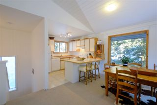 "Photo 4: 8297 VALLEY Drive in Whistler: Alpine Meadows House for sale in ""ALPINE MEADOWS"" : MLS®# R2128037"