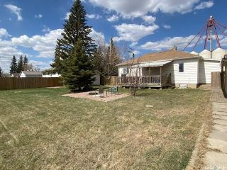 Photo 3: 114 Railway Avenue South in Balcarres: Residential for sale : MLS®# SK854751