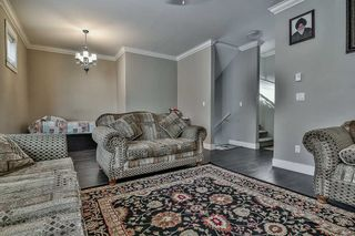"Photo 3: 10 6929 142 Street in Surrey: East Newton Townhouse for sale in ""East Newton"" : MLS®# R2206019"