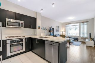 """Photo 8: 402 3133 RIVERWALK Avenue in Vancouver: South Marine Condo for sale in """"NEW WATER"""" (Vancouver East)  : MLS®# R2419191"""
