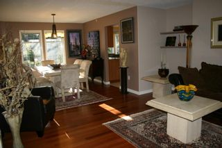 Photo 8: 885 Maltwood Terr in Victoria: Residential for sale : MLS®# 286938
