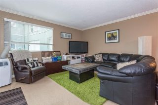 """Photo 9: 203 1550 MARINER Walk in Vancouver: False Creek Condo for sale in """"Mariners Point"""" (Vancouver West)  : MLS®# R2288697"""